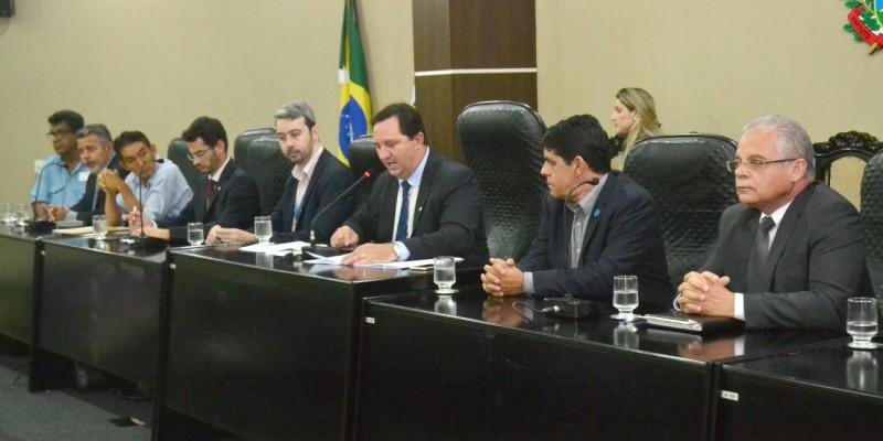 Audiência discute realidade de rádios comunitárias em Mato Grosso
