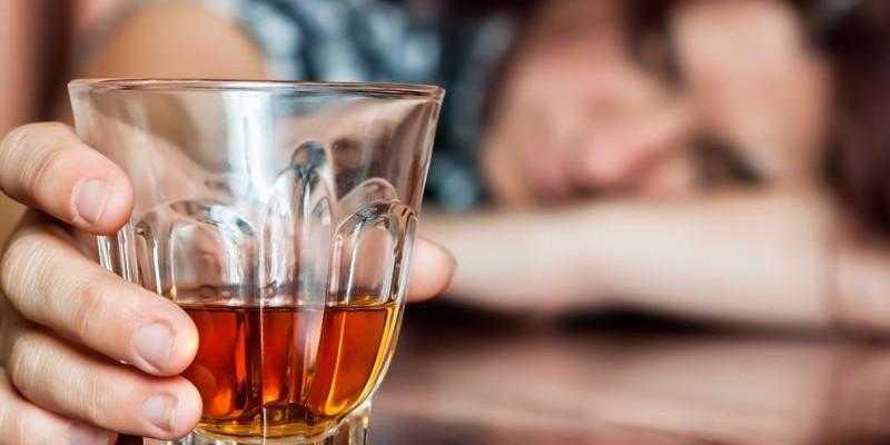 Programa de amparo e cuidados à mulher alcoolista