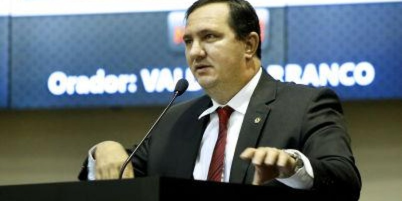Deputado cobra infraestrutura para PJC em Nova Bandeirantes