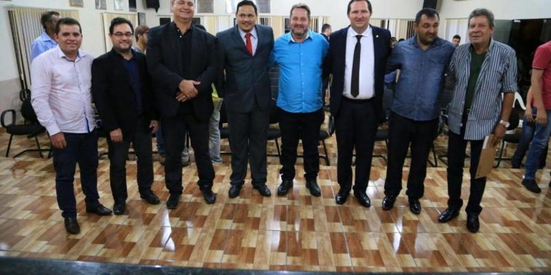 Valdir Barranco cumpre agenda no interior e recebe título de cidadão brasnortense