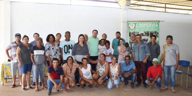 Barranco e Rosa Neide visitam P.A 12 de Outubro