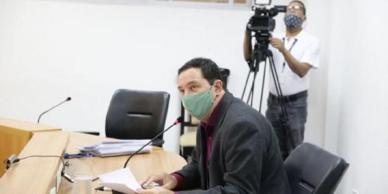 Comissão cobra sanção do auxilio emergencial para professores interinos