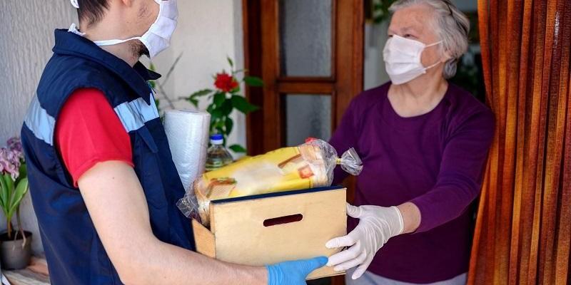 Barranco cria lei que garante prioridade na entrega de produtos para idosos