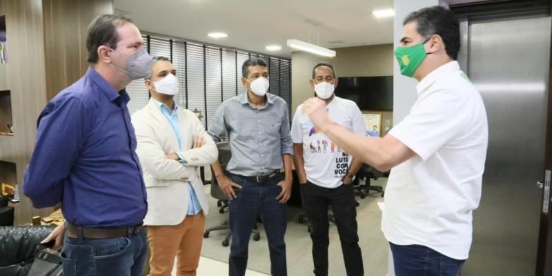 Reunião assegura bancários como grupo prioritário na vacinação contra a Covid-19 em Cuiabá