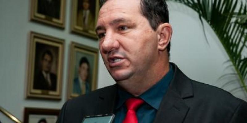 Deputado pede que Aprosoja preste contas à ALMT sobre recursos do Fethab