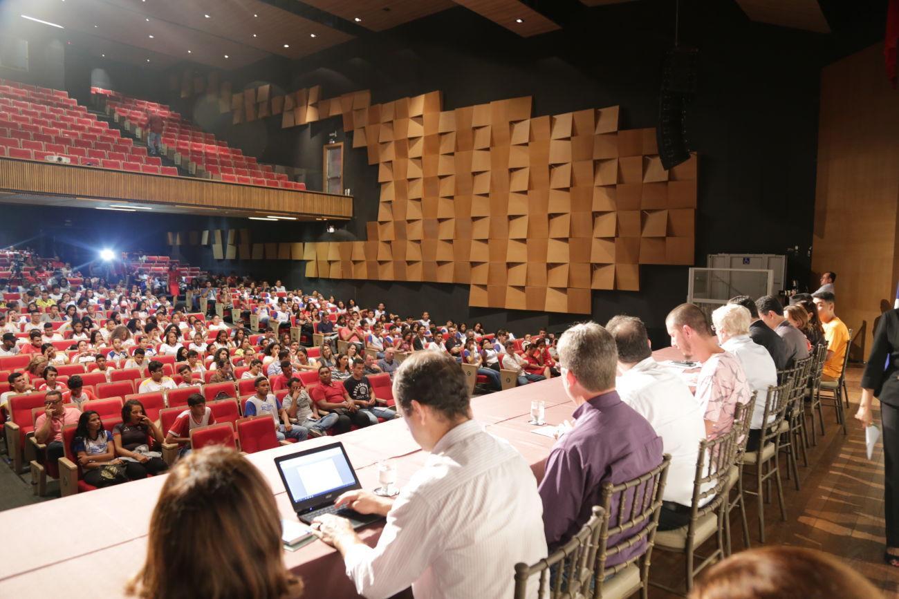 Audiência pública debate relações federativas e qualidade da educação em MT