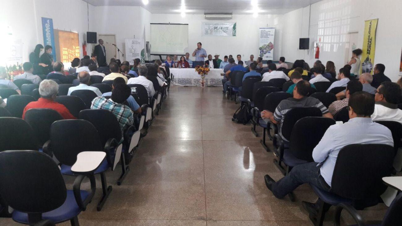Governo inicia debate para elaboração de plano estadual da agricultura familiar