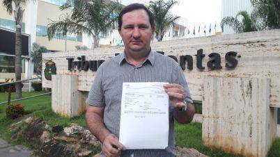 Valdir Barranco protocola denúncia no TCE contra Pedro Taques