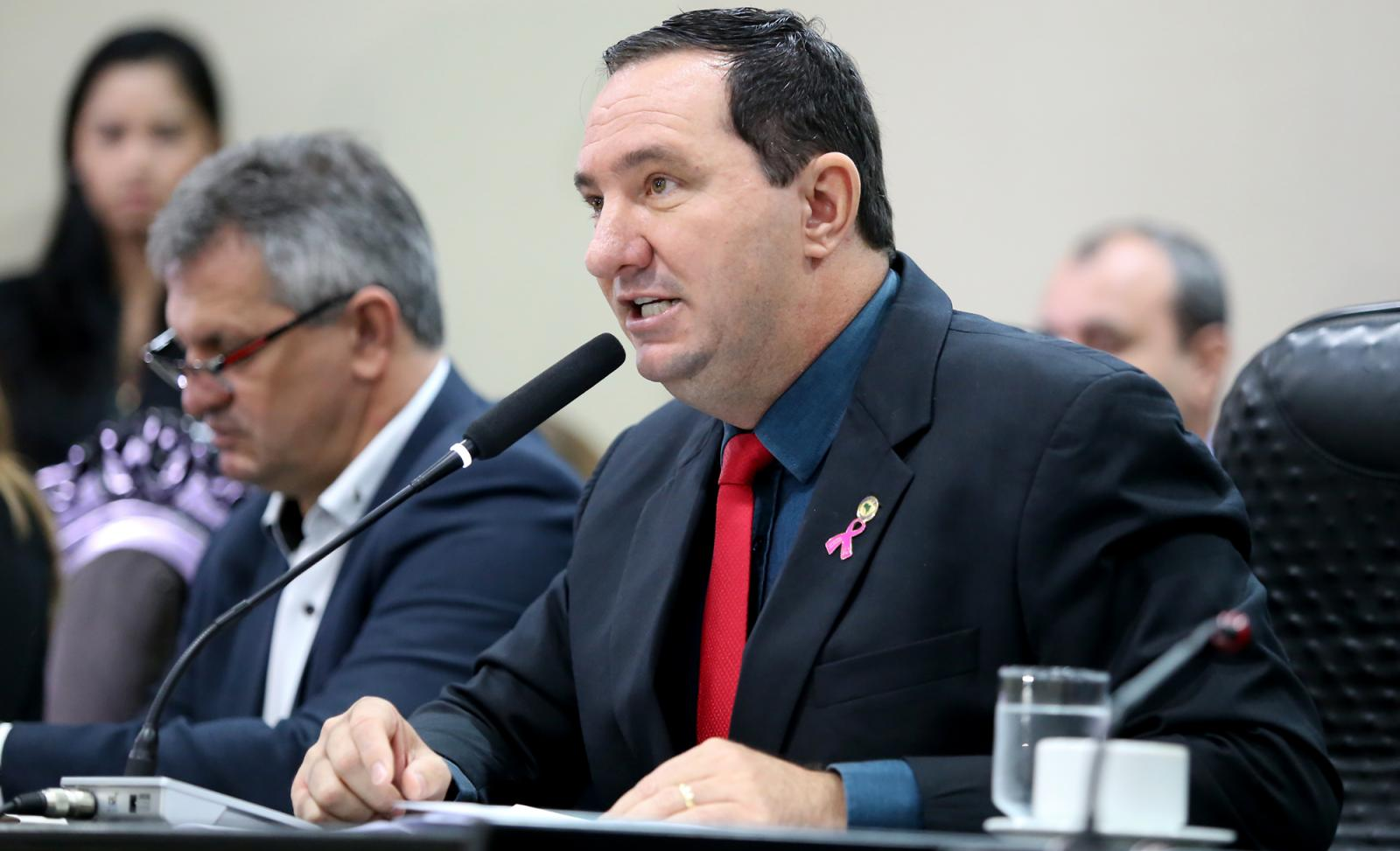Deputado Barranco defende regras para a criação de novos municípios