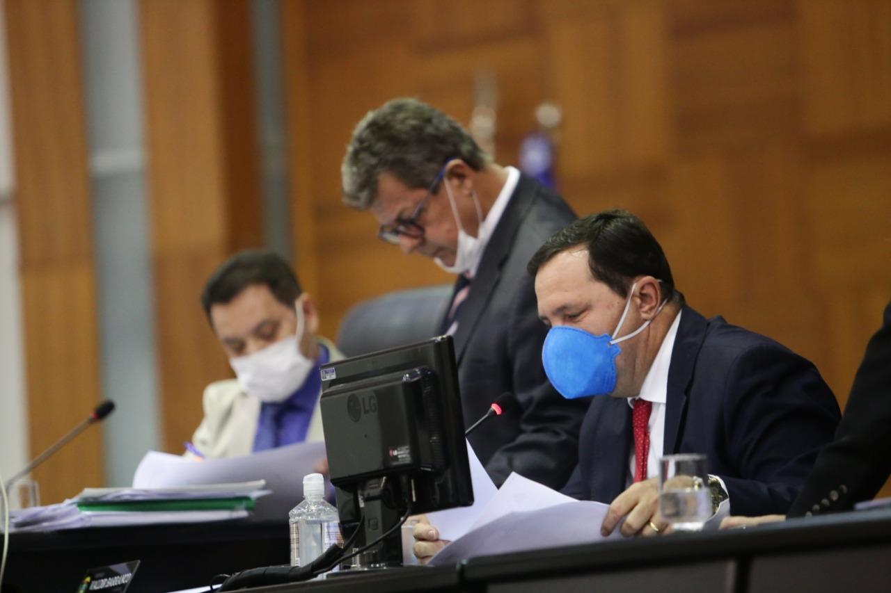 Deputado denuncia truculência da PM em acampamento de Novo Mundo