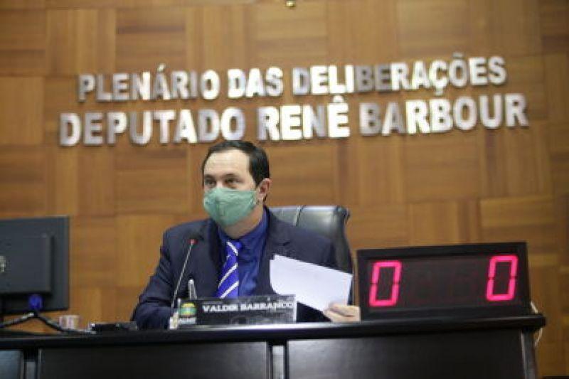 Sancionada lei que obriga empresas a informem estoques de testes para Covid-19