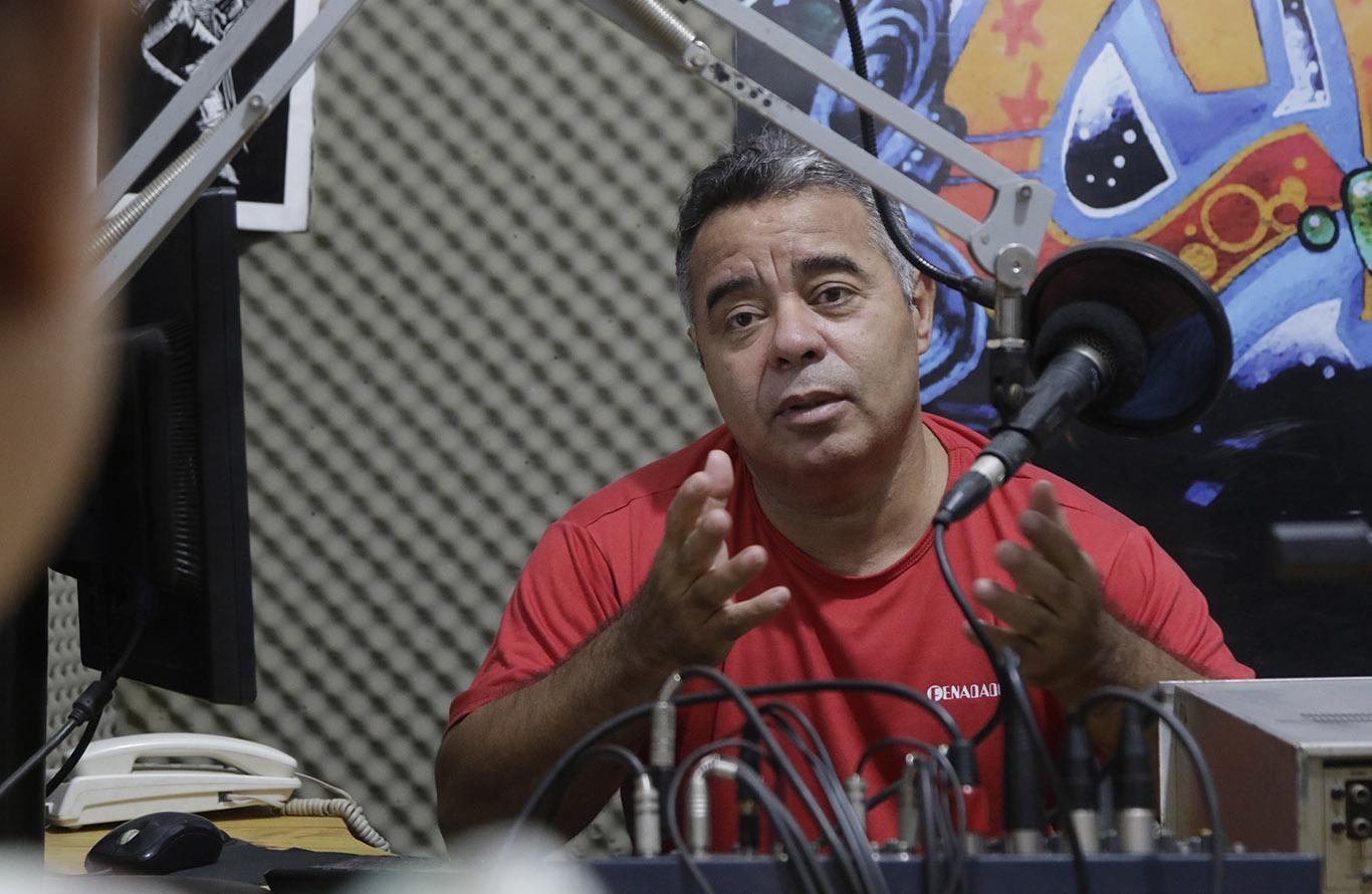 Lei autoriza o estado a fazer parcerias com rádios comunitárias