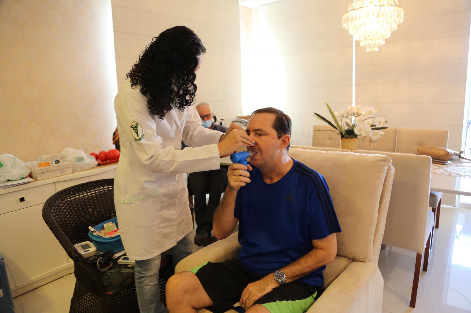 Deputado Barranco completa 2 meses de tratamento na recuperação da Covid-19
